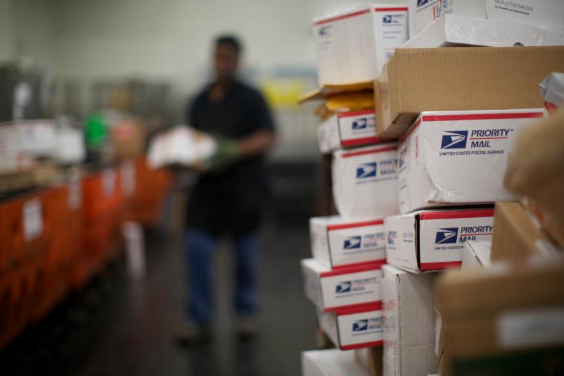 USPS Holiday Hours